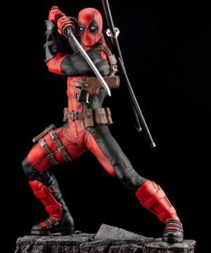 Marvel Universe Deadpool Maximum Fine Art Statue