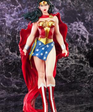 DC UNIVERSE Wonder Woman ARTFX