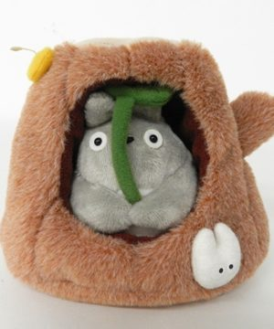 Totoro in House Stump